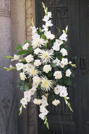 All white spray funeral flowers sympathy baskets - Valley memorial gardens mission tx ...