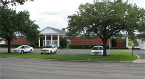 Colonial Funeral Home, Victoria Texas